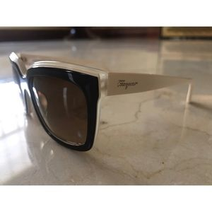 Salvatore Ferragamo SF758s  (Black Ivory)